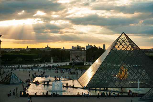 The Louvre Museumfamous virtual tours online you can take on your couch vdiscovery arvinovoyage
