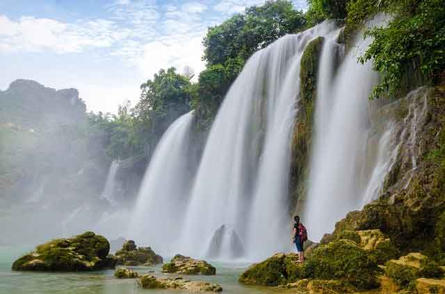 Ban Gioc Waterfalls Vietnam 10 of the World's Most Beautiful Waterfalls to Visit  vdiscovery arvinovoyage