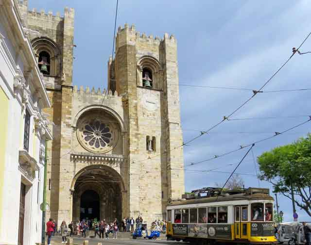 Cathedral Se de Lisboa lisbon portugal tourist attractions most famous before you go vdiscovery arvinovoyage