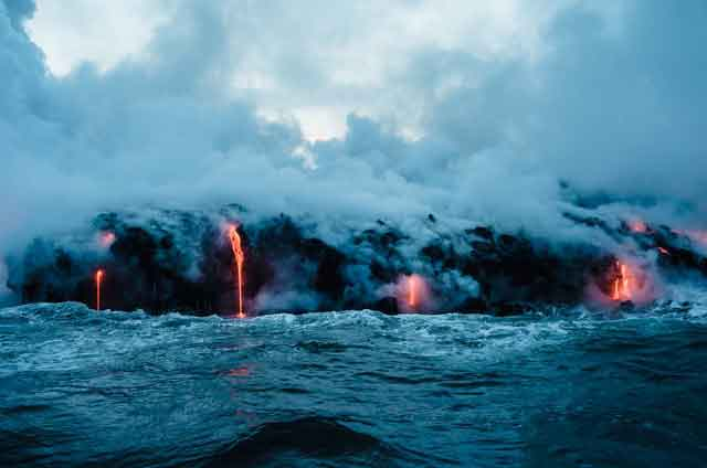 Hawaii Volcano Tours tired of ordinary travel this is the most dangerous tourist place in the world