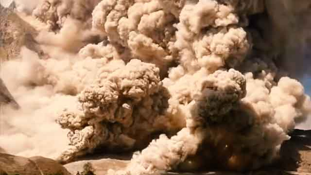 Sinabung Vulcano Indonesia tired of ordinary travel this is the most dangerous tourist place in the world vdiscovery arvinovoyage