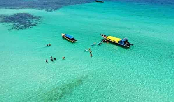 Abang-Island-Batam-snorkeling-for-beginners-in-indonesia-top-31-destinations-that-will-blow-you-away-vdiscovery-arvinovoyage