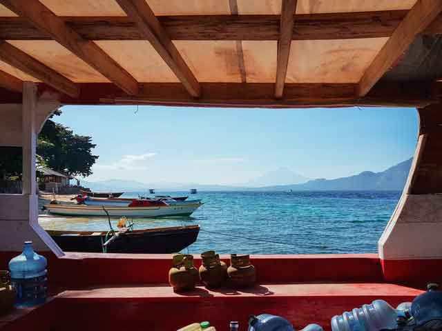 Bunaken-Island-North-Sulawesi-snorkeling-for-beginners-in-indonesia-top-31-destinations-that-will-blow-you-away-vdiscovery-arvinovoyage