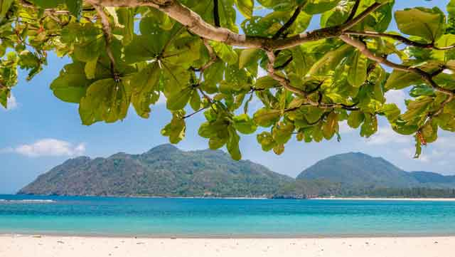 Rubiah-Island-Sabang-City-Aceh-Province-snorkeling-for-beginners-in-indonesia-top-31-destinations-that-will-blow-you-away-vdiscovery-arvinovoyage