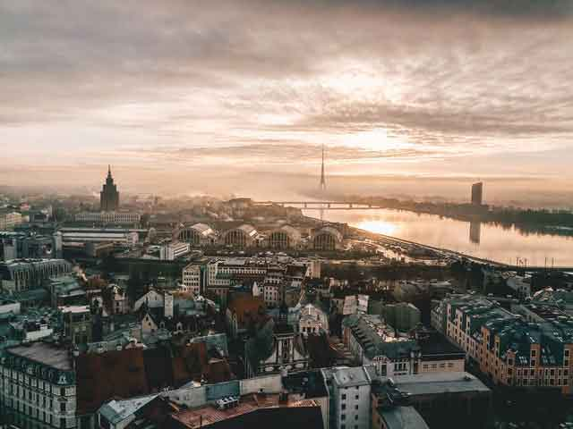 Riga-latvia-travel-guide-12-reasons--what-&-why-you-should-visit-vdiscovery-arvinovoyage