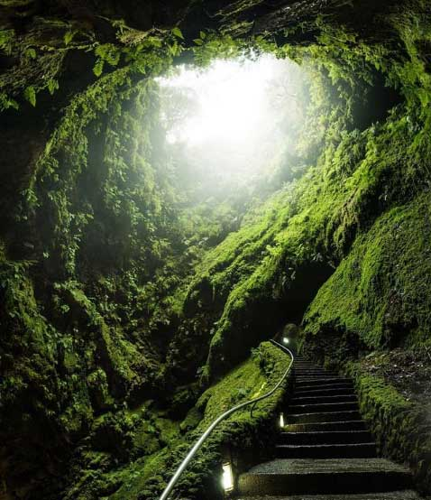 Algar-do-Carvao-the-azores-europe's-hawaii-top-11-things-to-do-in-islands-of-adventure-arvinovoyage